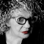 Η ΑΝΝΑ ΠΑΝΑΓΙΩΤΟΠΟΥΛΟΥ ΜΙΛΑ & ΦΩΤΟΓΡΑΦΙΖΕΤΑΙ ΓΙΑ ΤΟ FASHIONISTAS