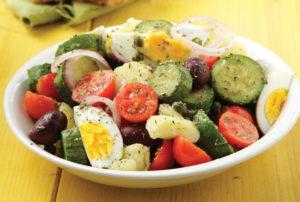 Vrasti-salata-me-kolokithakia