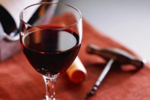 a_glass_of_red_wine_1_1600x1200