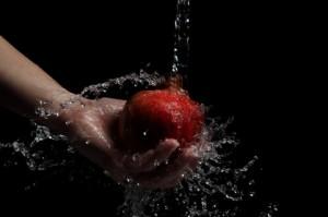 espirra-lavagem-de-frutas-higiene_3261269