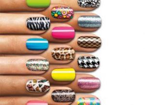 multi-colous-nail-polish