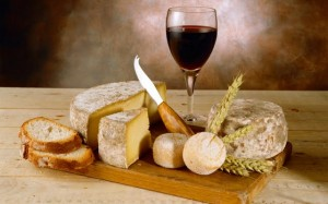 red-wine-and-cheese-56794