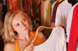 woman-looking-through-her-closet