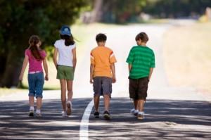 kids-walking-in-the-street-Banana-Stock-630x419