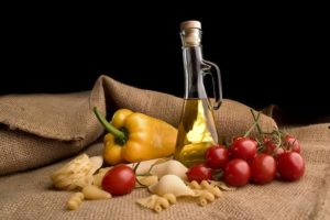1295621360kuchnia-srodziemnomorska-oliwa-pomidory