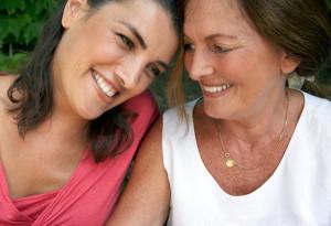 20100501-happy-mother-daughter-600x411