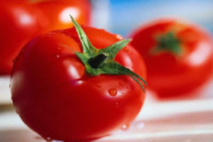 made-in-santorini-tomatoes