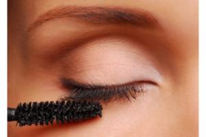tips-para-aplicar-la-mascara-de-pestanas.jpg