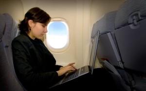 ptisi-aeroplano-laptop