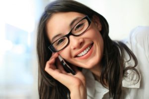 girl-on-mobile-phone