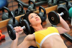 woman-lifting-weights1