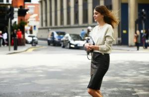pencil-skirt-street-style-L-ldf77N