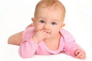 cum-sa-ti-dezveti-bebelusul-de-suptul-degetelului_size1