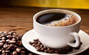 giati-prepei-na-pinoume-kafe-kathe-mera-11-logoi-gia-na-peisteite